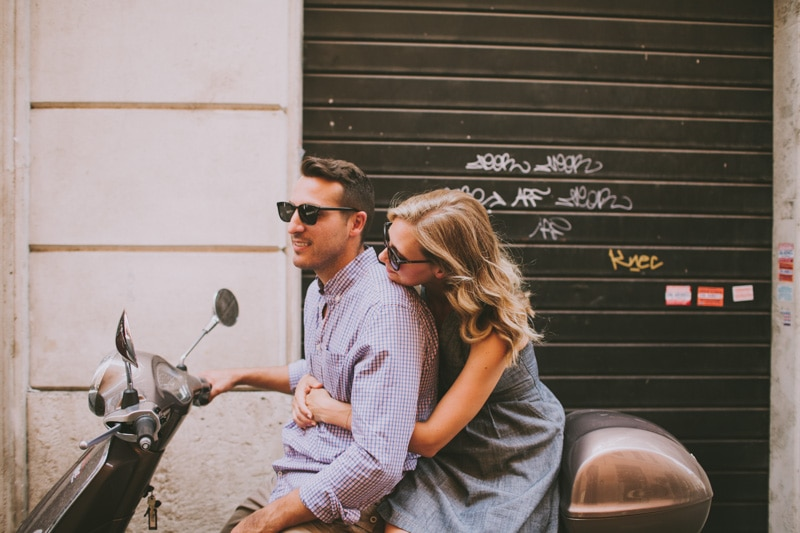 couple on vespa