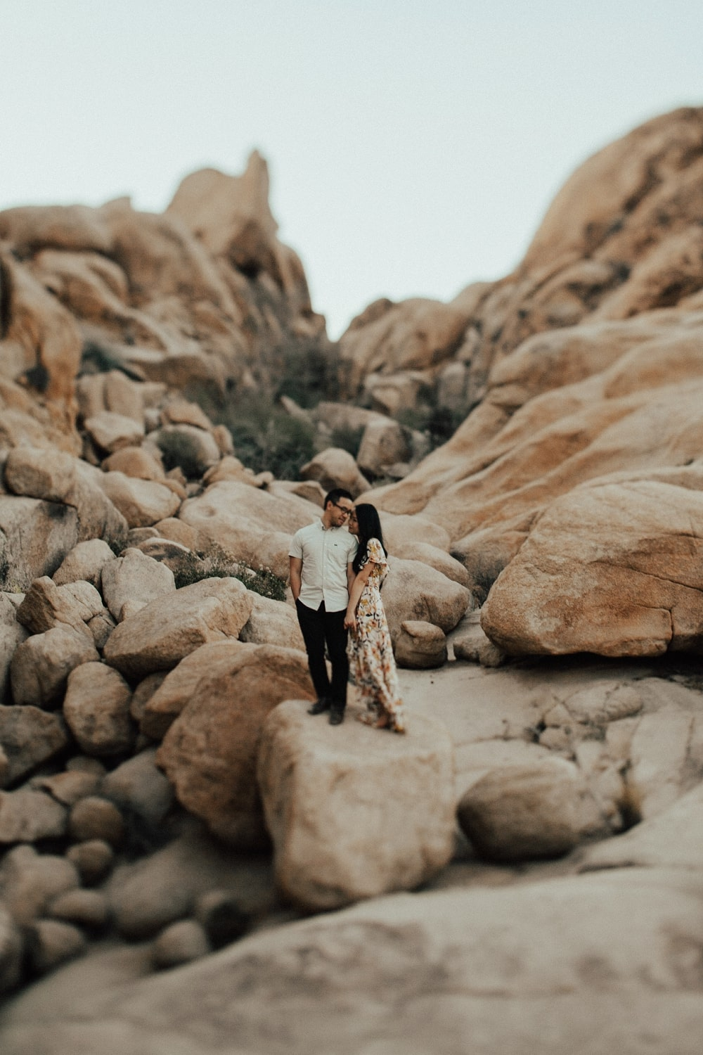 joshua tree boulders engagement session