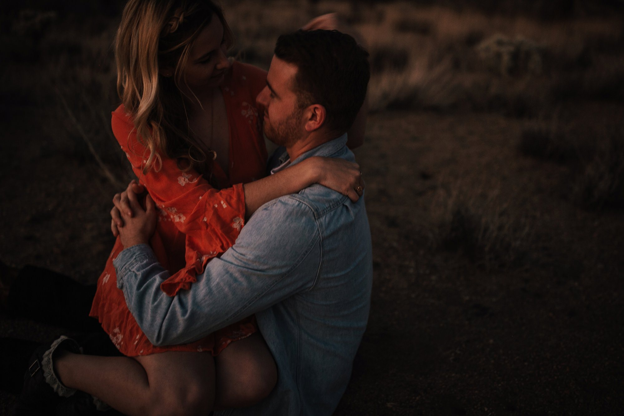 joshua tree engagement session at dusk