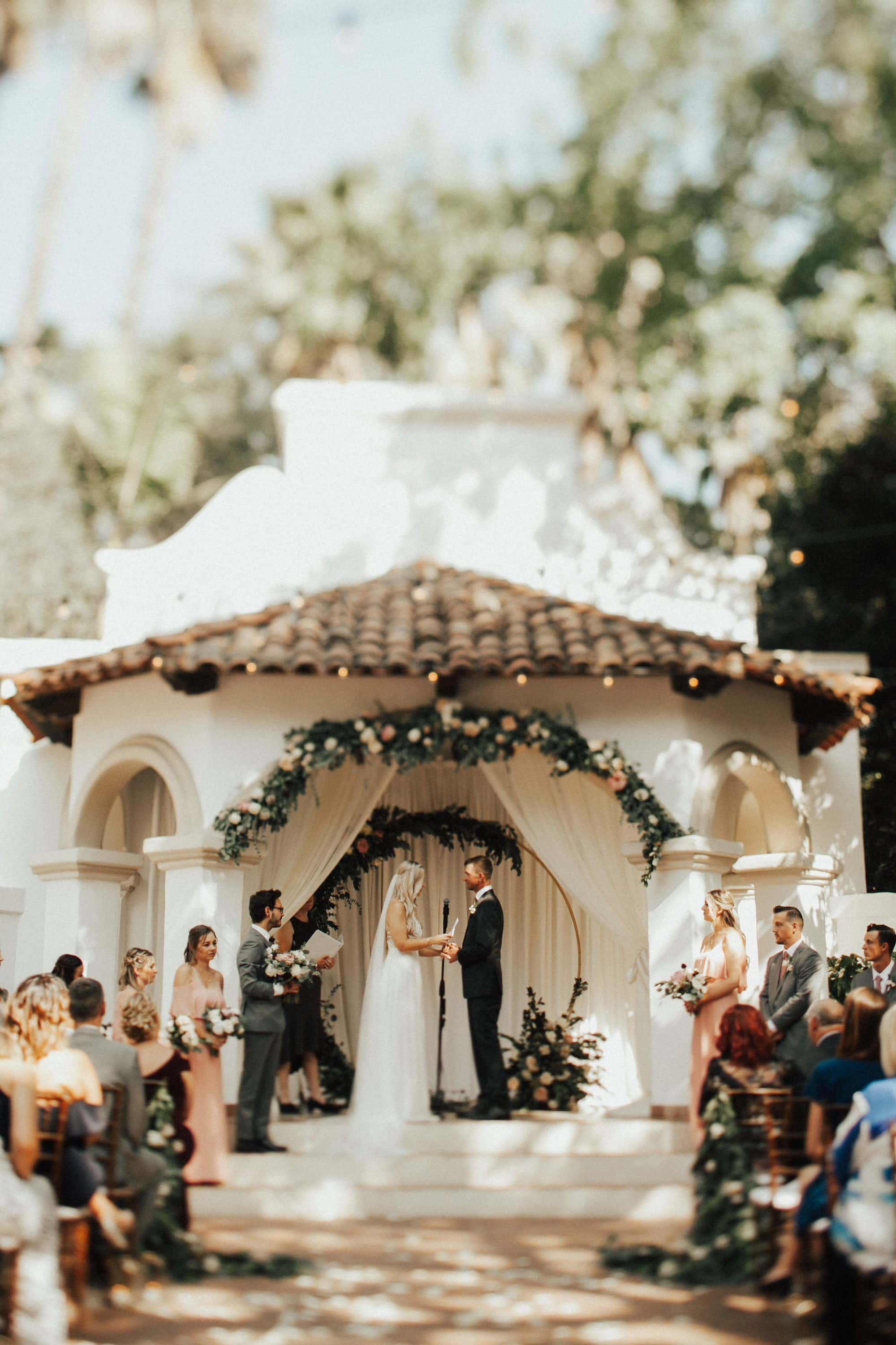 summer wedding ceremony at rancho las lomas