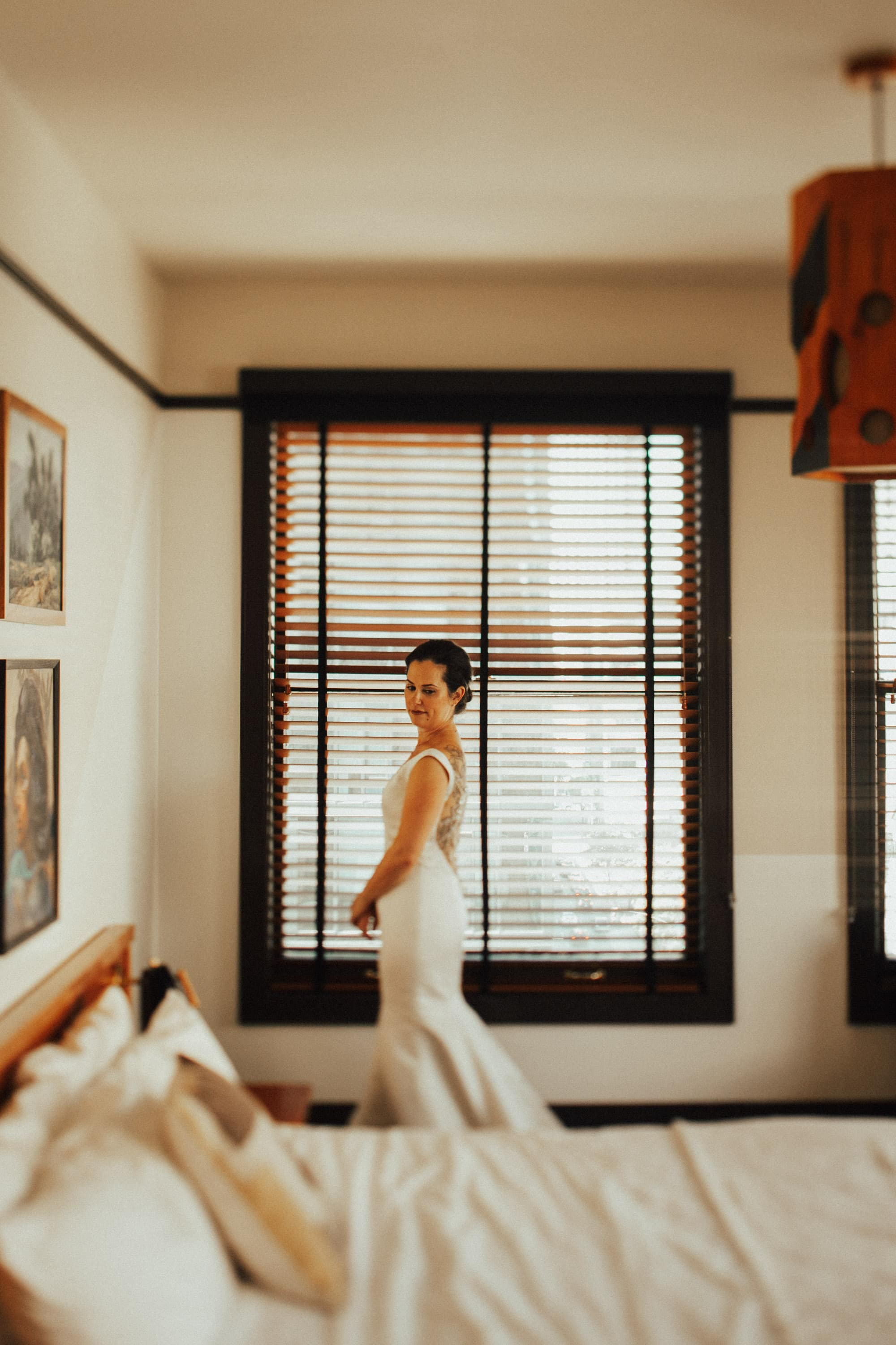 bride portrait at the freehand hotel losangeles